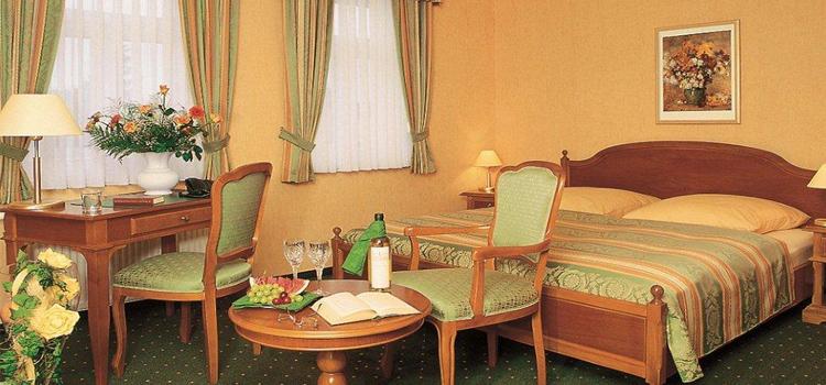 unterkunft hotel wernigerode hotel harz pension alter kutschenbauer. Black Bedroom Furniture Sets. Home Design Ideas